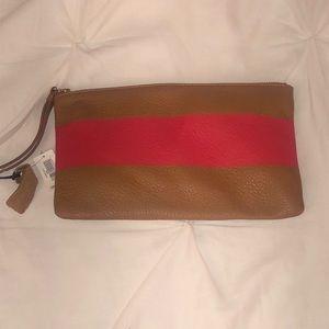 Cute Gap leather wristlet clutch
